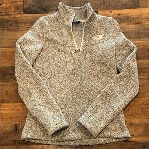 North Face Quarter Zip Fleece Sweater XS